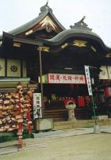 """日本で唯一の""""お乳""""の神社、龍音寺"""