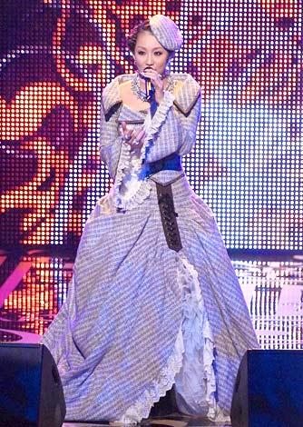『第50回日本レコード大賞』優秀作品賞を受賞した倖田來未