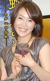 舞台「蛇姫様 −わが心の奈蛇−」の制作発表会見に出席した山口紗弥加