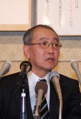 第140回芥川賞の講評を行う、選考委員の宮本輝氏