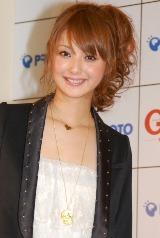 クルマ情報誌『Goo』のイメージキャラクターに選ばれた佐々木希