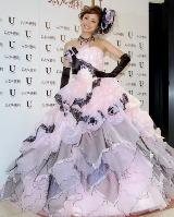 「上戸彩プロデュースウェディングドレス」