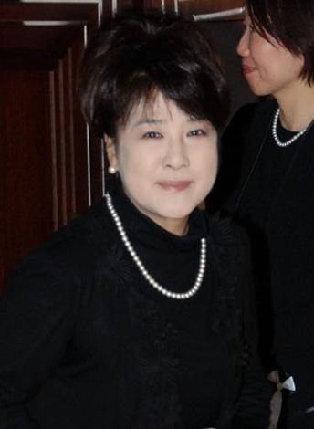 川中美幸=作曲家・遠藤実さんの『お別れの会』