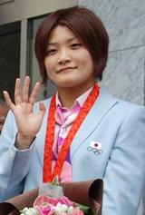 北京五輪のレスリング女子63キロ級で五輪メダリスト伊調馨さん