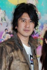ブロードウェイ・ミュージカル『回転木馬』の公開稽古で取材に応じた川崎麻世