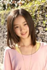 小学生専属モデル・江野沢愛美。