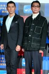 米アカデミー賞に出席した本木雅弘(左)と滝田洋二郎監督