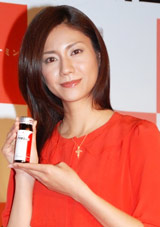 武田薬品工業「アリナミンR」イメージキャラクター発表会に出席した松下奈緒