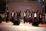 左からNAOTO 、KEIJI、 SHOKICHI、NAOKI 、NESMITH、KENCHI、TETSUYA