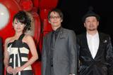 実写版の映画『ヤッターマン』に登場するドロンボー一味(左から)深田恭子、生瀬勝久、ケンドーコバヤシ