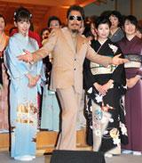 ニューアルバム『Still Gold』のリリースイベントを行った鈴木雅之