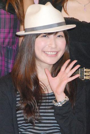 月刊誌『BOMB』創刊30周年パーティーに出席した小野真弓