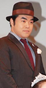 映画「昴」の完成披露試写会に出席し、舞台あいさつを行った前田健