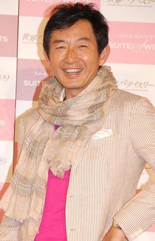 サムネイル 「スイート・スイーツ ジャパン2009」ホワイトデーSPトークショーに出席した石田純一