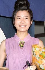 NHK連続テレビ小説ヒロインバトンタッチセレモニーに登場した三倉茉奈