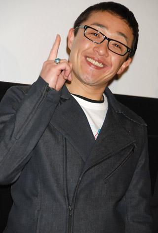 映画「ウォッチメン」公開直前緊急イベントに登場したスマイリーキクチ