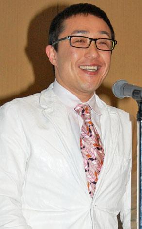 『Japan Blog Award 2009』グランプリ授賞式に出席したスマイリーキクチ