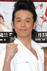 CD発売イベントを行った品川庄司の庄司智春
