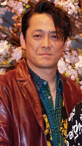 ドラマ『白い春』制作発表会見に出席したデビット伊東
