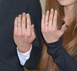 水嶋ヒロと絢香が披露した指輪