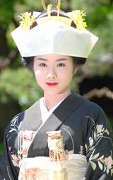 NHKスペシャルドラマ『坂の上の雲』の結婚式シーンを収録した石原さとみ