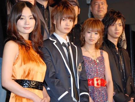 『呪怨』プロジェクト2009映画&Wiiソフト共同記者発表会に出席した(左から)中村ゆり、瀬戸康史、南明奈、鈴木裕樹
