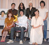 (後列左から)田口トモロヲ監督、みうらじゅん、リリー・フランキー、峯田和伸、(前列左から)堀ちえみ、渡辺大知、臼田あさ美