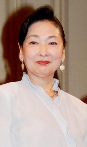 映画『島田洋七の佐賀のがばいばあちゃん』完成披露舞台挨拶に出席した香山美子