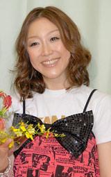 相方・くわばたりえの結婚会見に出席したクワバタオハラ・小原正子