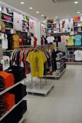 ユニクロの都内最大級店舗「ユニクロ 新宿西口店」