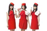 CAの制服姿でピノの新CMに出演するPerfume