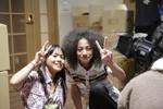 昨年の全国オーディションで合格し、主演を果たした鈴木子温さん(右)と安達葵さん(左)。
