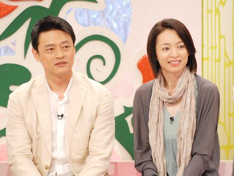 俳優の神保悟志と、元宝塚の鮎ゆうき夫妻
