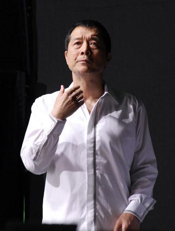 矢沢永吉が出演する『キシリトールガム』CM撮影のもよう