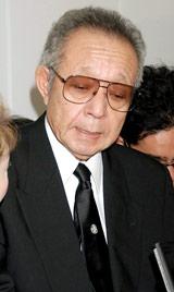 故・三木たかしさんの告別式に参列した船村徹 (C)ORICON DD inc.