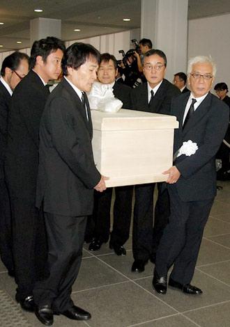 故・三木たかしさんの告別式の模様 (C)ORICON DD inc.