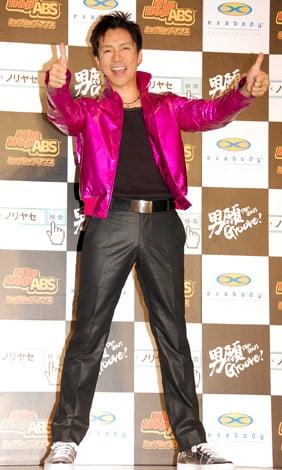 サムネイル 新ダンス感覚エクササイズ『HipHop ABS(ヒップホップ アブス)』のキャンペーンイベントに出席した郷ひろみ(※クリックで全身) (C)ORICON DD inc.