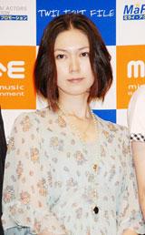 """島崎和歌子と""""美人姉妹""""を演じた小嶺麗奈(C)ORICON DD inc."""