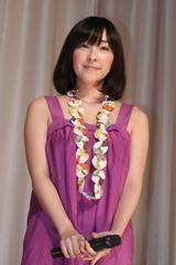 映画『インスタント沼』初日舞台あいさつに出席した麻生久美子