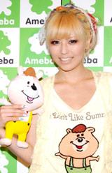 『マーボー豆腐は飲み物です。しーずん2』の公開収録を行った若槻千夏 (C)ORICON DD inc.