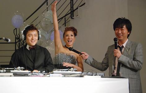 イベントの様子(左から)井戸田潤、DJKAORI、小沢敬一(C)ORICON DD inc.