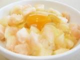 岡山県の名産・白桃を使った『岡山特産桃たまごかけ』