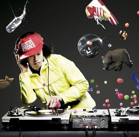 6月26日発売のMIX CD『DJやついいちろう�@』
