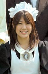 メイド衣装もバッチリはまる福田沙紀