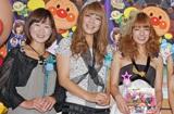 スザンヌファミリー(左から母・キャサリン、妹・マーガリン、スザンヌ) (C)ORICON DD inc.