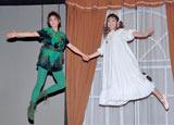 ブロードウェイミュージカル『ピーターパン』の公開稽古でフライングを披露した(左から)高畑充希と神田沙也加 (C)ORICON DD inc.