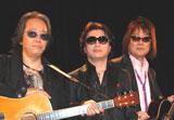 会見を行った甲斐バンドの(左から)松藤英男、甲斐よしひろ、田中一郎 (C)ORICON DD inc.