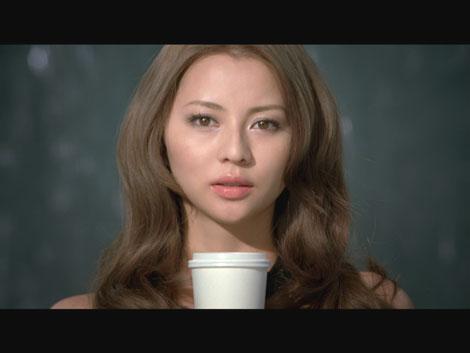 サムネイル 香里奈が出演しているマキアージュ新CM『美形派リップ・グロス』編
