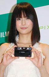 デジタルカメラ新製品『FinePix』発表会に出席した柴崎コウ (C)ORICON DD inc.
