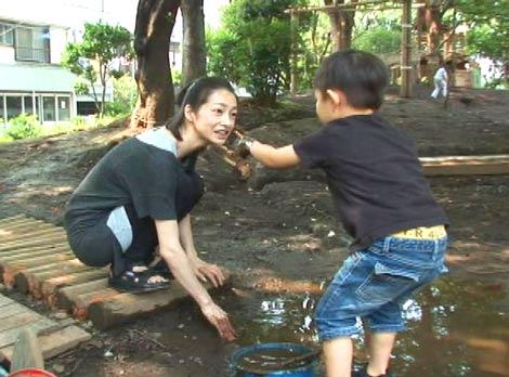 両親の離婚実兄の死女優りょうが知られざる苦悩を初告白 Oricon News
